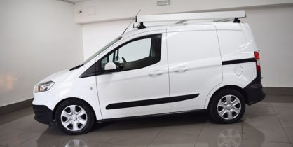 FORD TRANSIT COURIER (COMMERCIAL)