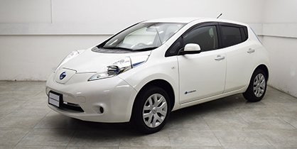 NISSAN LEAF (JAPAN IMPORT)